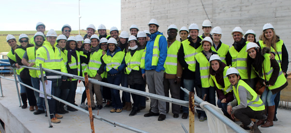 Alumnos del máster en «Tecnología y Gestión de la Edificación» de la UC visitan las obras del edificio de UNEATLANTICO