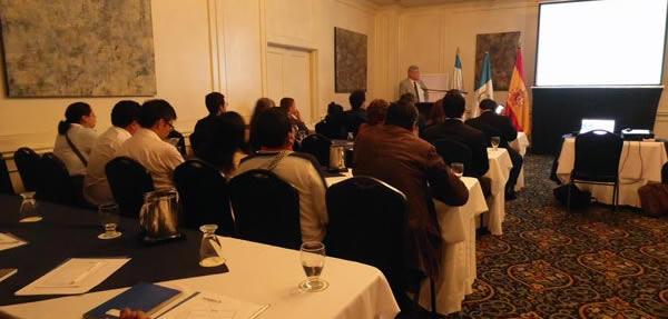 El secretario general de UNEATLANTICO imparte una conferencia sobre el Espacio Europeo de Educación Superior en Centroamérica