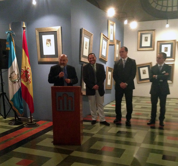 El decano de UNEATLANTICO asiste a la inauguración de la exposición `Del Capricho al disparate Dalí-Goya´ en Guatemala