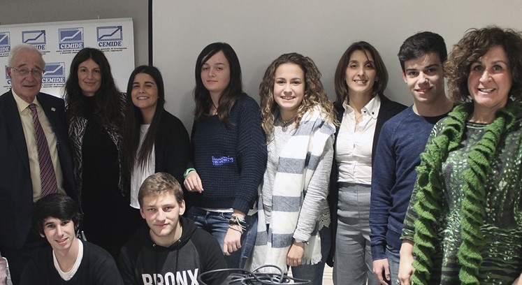 Alumnos del grado en ADE acuden a la conferencia del presidente de Liberbank en Santander