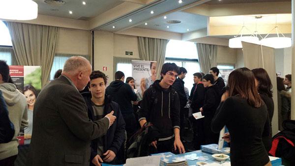 La Universidad Europea del Atlántico presenta las novedades del próximo curso en la feria Unitour de Vitoria y Logroño