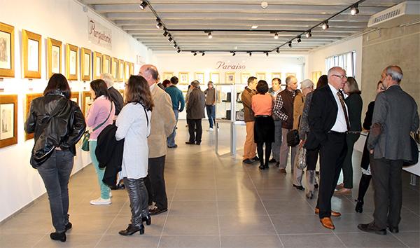 Directores y orientadores de diferentes centros educativos de Cantabria visitan la exposición de Dalí en UNEATLANTICO