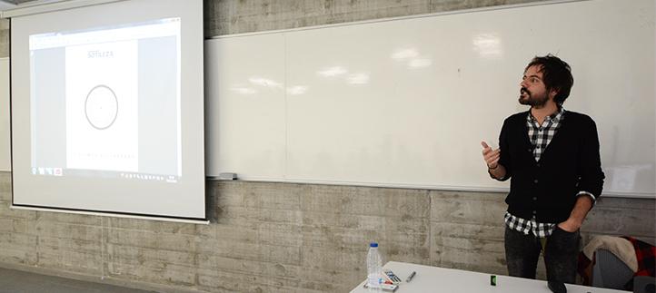 El director de diseño de El Diario Montañés mostró a los alumnos las últimas tendencias en maquetación