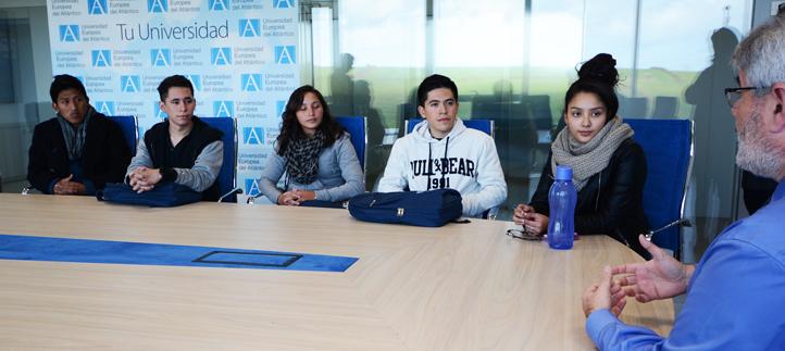 La universidad dio la bienvenida a los nuevos estudiantes procedentes de Guatemala y El Salvador