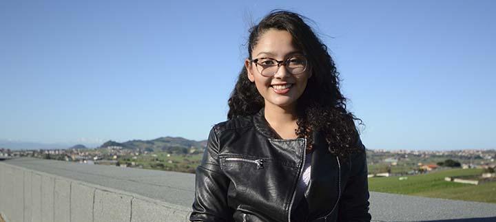 Jennifer, estudiante de Guatemala, elogia la tranquilidad de Santander y la ayuda de sus compañeros para adaptarse