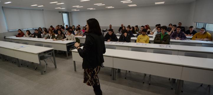 Los alumnos del Colegio La Salle visitaron el campus para conocer la metodología académica de UNEATLANTICO