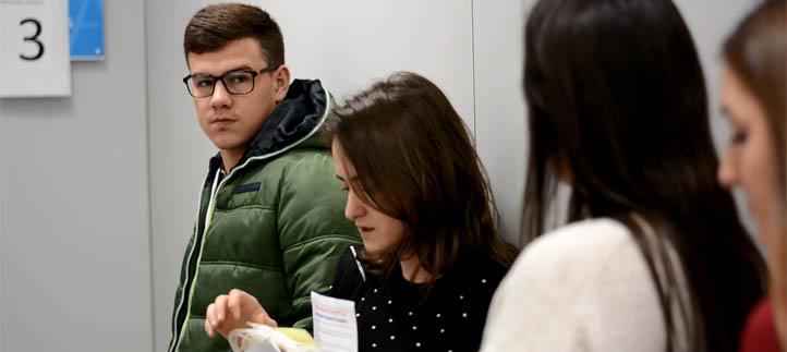 La comunidad universitaria colabora con la Hermandad de Donantes de Sangre de Cantabria