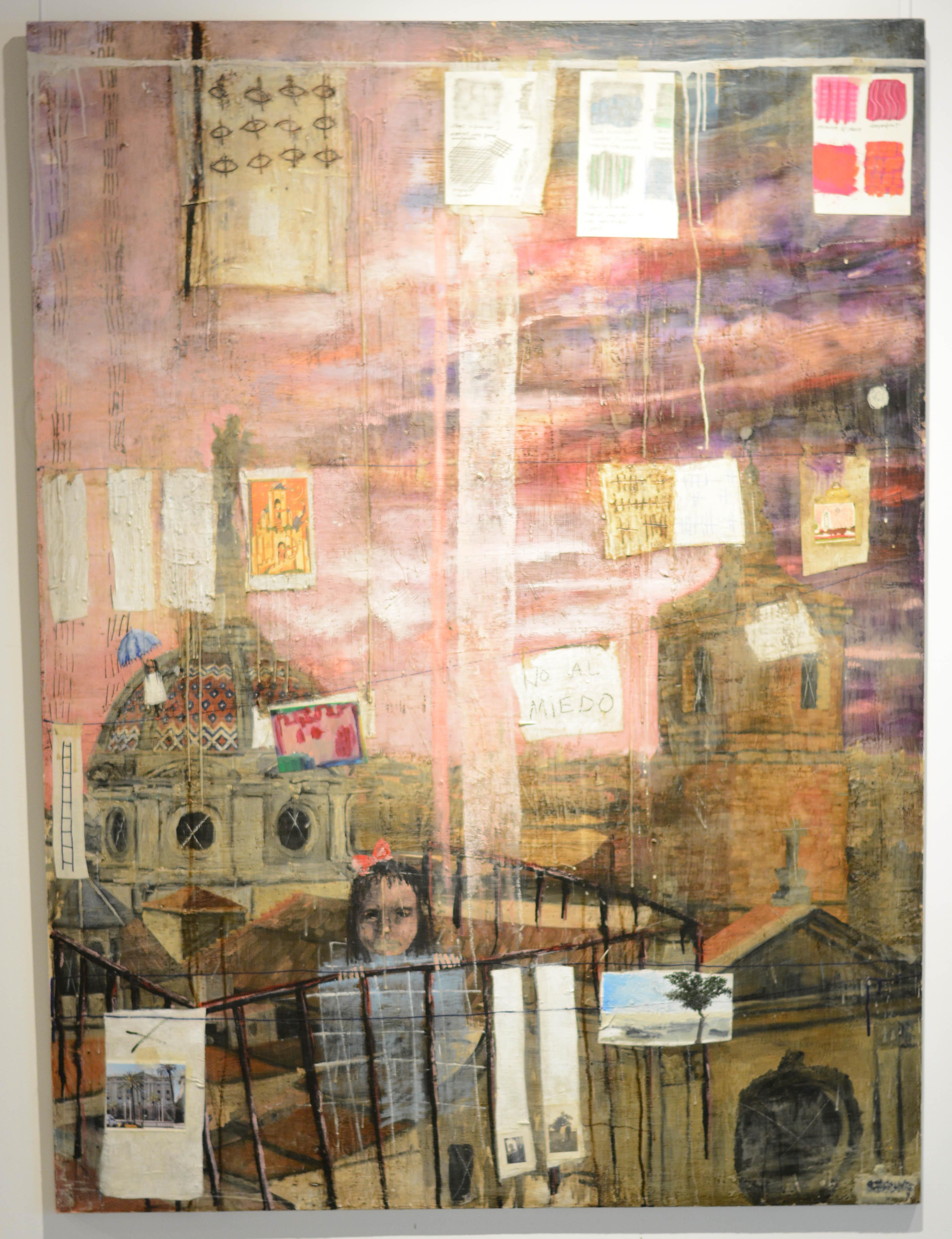 """La pintora Anna Tamayo delante de una pieza de """"Colores en mis bolsillos"""""""