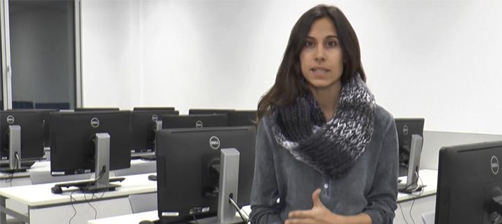La doctora Mireia Peláez imparte una conferencia sobre ejercicio físico y embarazo en la ciudad de Panamá