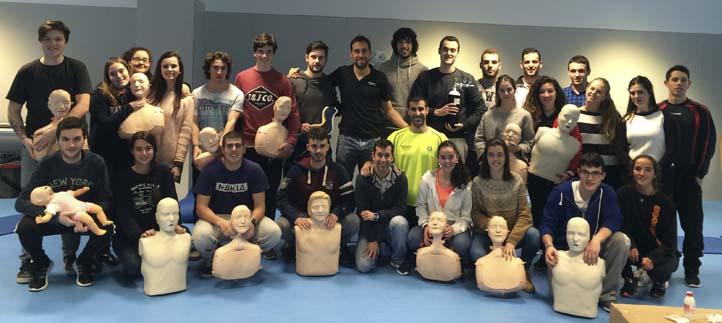 Veinticinco estudiantes aprenden que los primeros cinco minutos de auxilio pueden salvar una vida