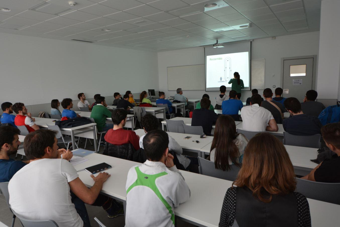 Berta Betanzos Universidad Europea del Atlántico charla técnica