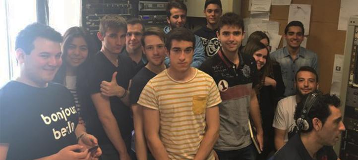 Los alumnos de Comunicación conocieron la radio profesional en una visita a los estudios de COPE