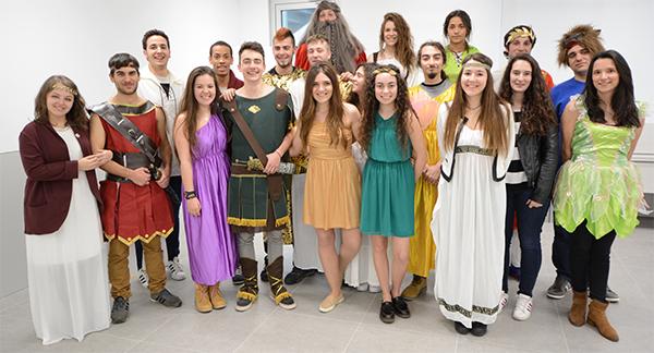 El grupo de teatro de UNEATLANTICO estrena la próxima semana la obra 'Sueño de una noche de verano'