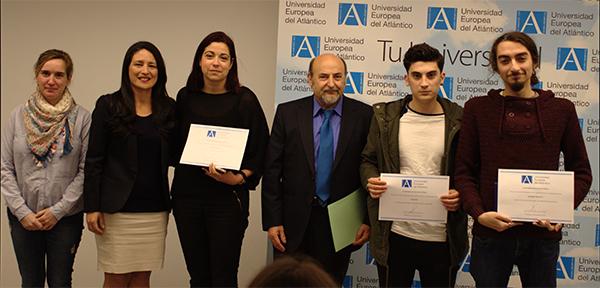 El alumno Andrés Illescas, ganador del II Certamen de Relatos Cortos de la Universidad Europea del Atlántico