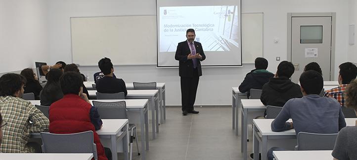 El Jefe del Servicio de Informática de Justicia, Javier Bel, explicó la importancia del rigor en la gestión del cambio