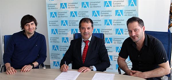 UNEATLANTICO firma un contrato para desarrollar un bioinnovador proyecto de algas en Noja