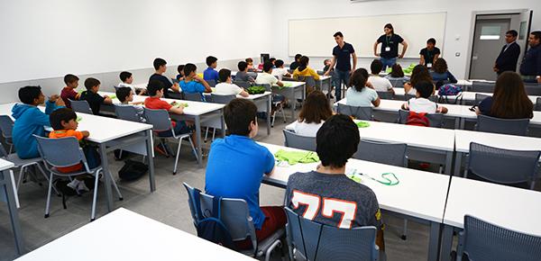 Cerca de 30 niños disfrutan de una semana tecnológica en el I Campus de Verano que acoge UNEATLANTICO