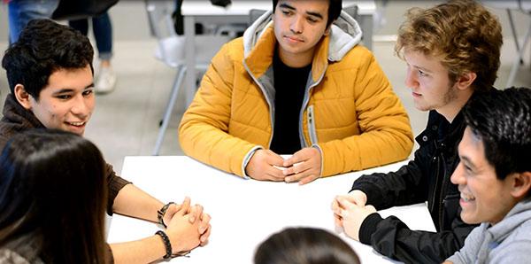 Convocatoria de Becas FUNIBER para estudiar másteres, cursos de especialización y doctorados