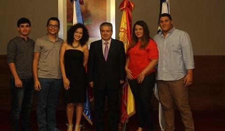 Estudiantes dominicanos preparan su viaje a Santander para cursar estudios en la Universidad Europea del Atlántico