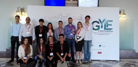Un grupo de profesores y estudiantes de UNEATLANTICO participa en el Global Youth Leadership Forum