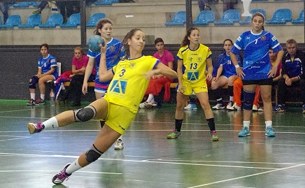 Las chicas del UNEATLANTICO Pereda vencen al Tejina Tenerife y se colocan a solo tres puntos del líder