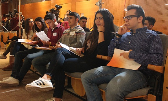 """Alumnos de los grados en Comunicación asisten al seminario «Informativos de la Era Digital"""" en la UAB"""