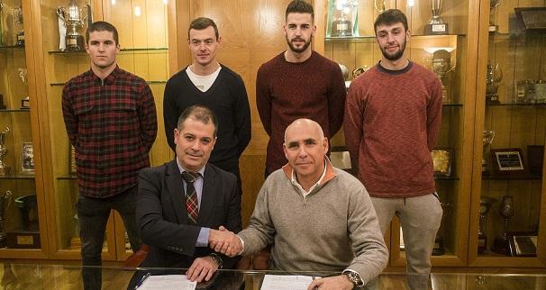 La Universidad Europea del Atlántico y el Racing firman un convenio para reforzar el área de comunicación del club