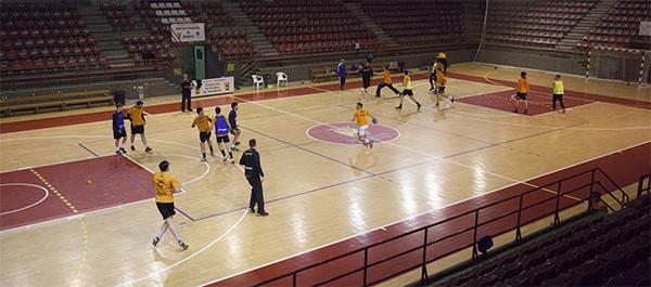 El Balonmano Torrelavega recibe mañana al Handbol Bordils en el Vicente Trueba