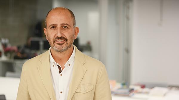 Juan Luis Martín imparte una conferencia sobre el acoso escolar en UNEATLANTICO