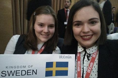 Dos estudiantes del grado en Traducción e Interpretación participaron en la simulación de las Naciones Unidas