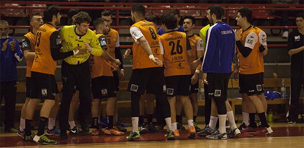 El BM Torrelavega buscará una nueva victoria frente Amenabar ZKE