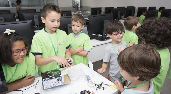 Más de una treintena de niños y niñas  potenciaron su creatividad en el segundo Campus Tecnológico de verano