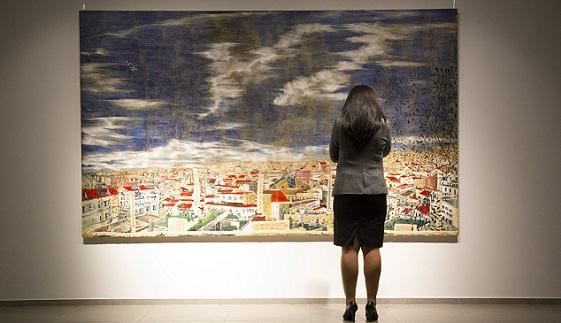 La pintora Anna Tamayo inauguró la muestra RrubibaRrocos con cuadros de gran formato que expresan diferentes estados de ánimo