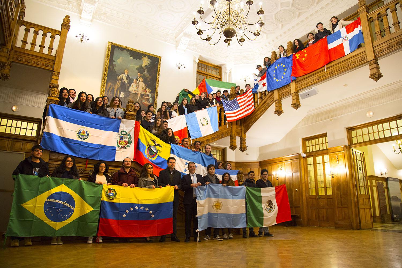 Alumnos Internacionales_Palacio Magdalena3_webb