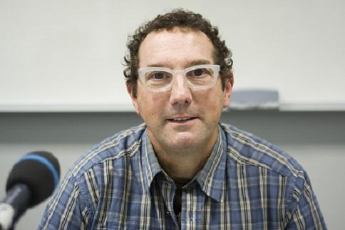 """Néstor Alonso: """"La comunicación es esencial para el educador y las nuevas tecnologías la han revolucionado"""""""