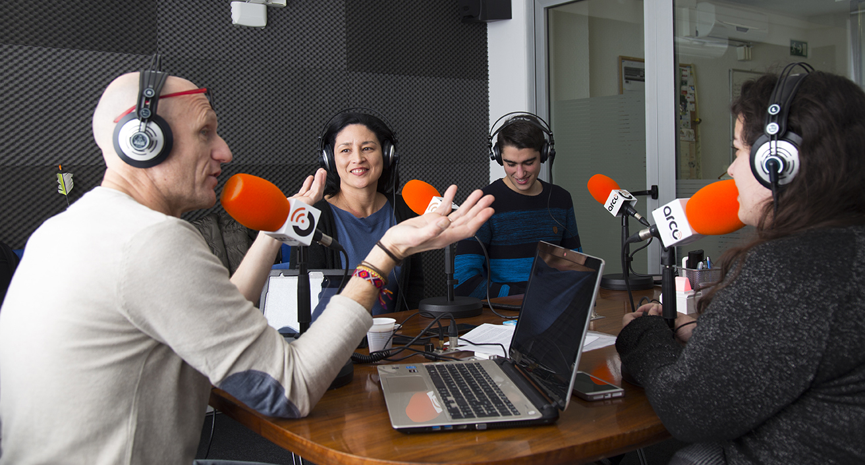 UNEATLANTICO Radio abre los micrófonos a la FM