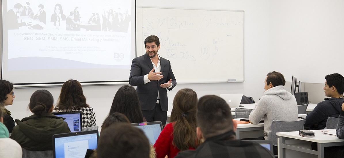 El director de Innovación y Nuevas Tecnologías de UNINI Puerto Rico visita el campus de UNEATLANTICO