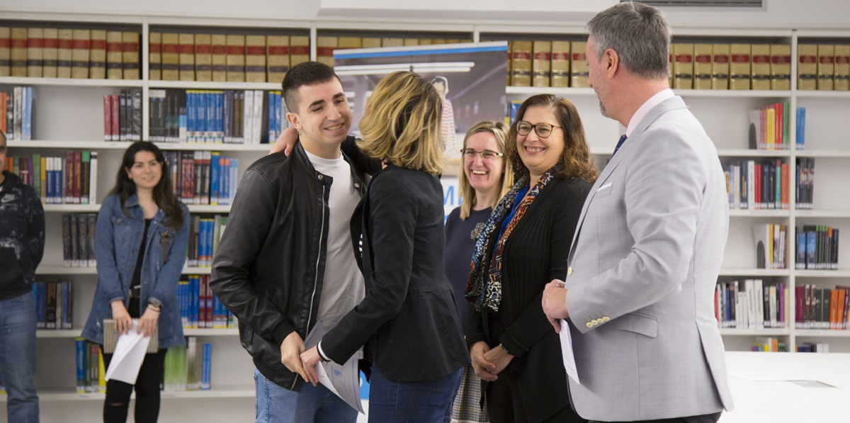 José Luis Agudo, ganador del IV Certamen de Relatos Cortos organizado con motivo del Día del Libro