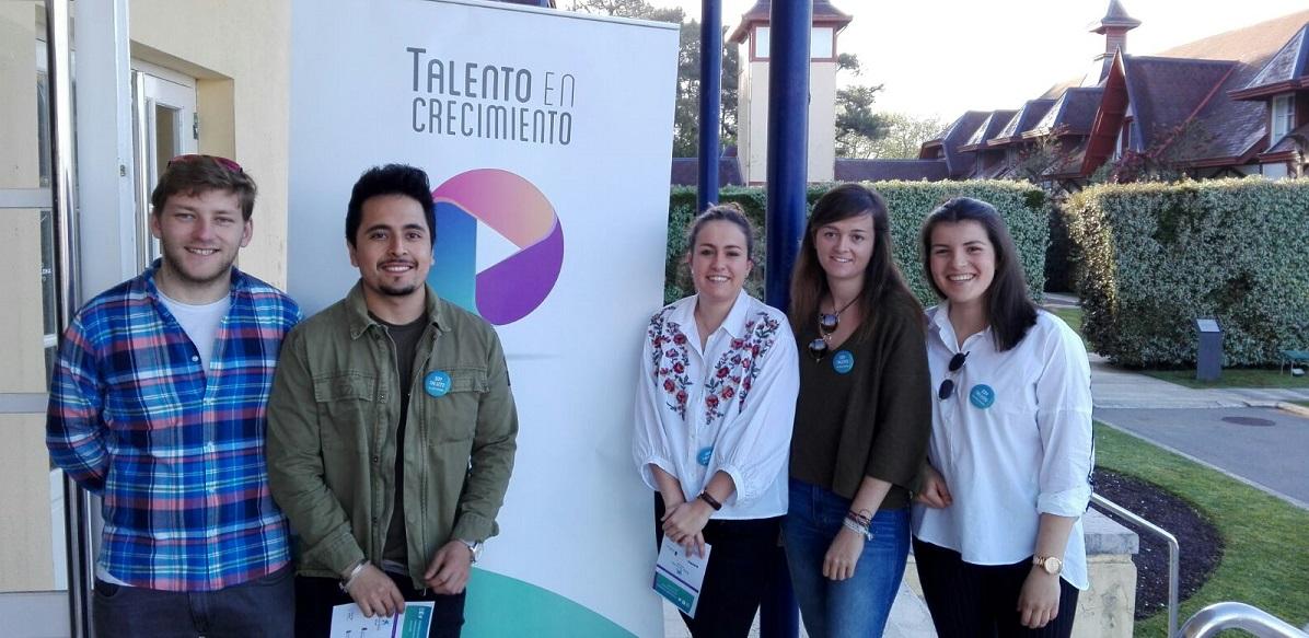 Alumnos de UNEATLANTICO participan en el foro 'Talento en crecimiento' organizado por CEDE