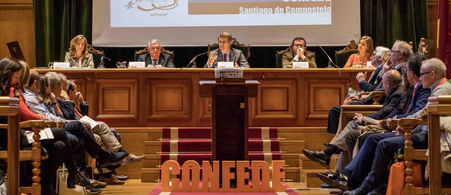 La vicerrectora de Ordenación Académica y Profesorado participa en la Conferencia Española de Decanos de Economía