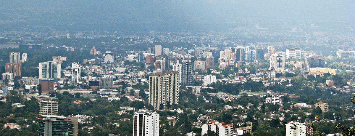 El rector de UNEATLANTICO visita esta semana Guatemala y El Salvador