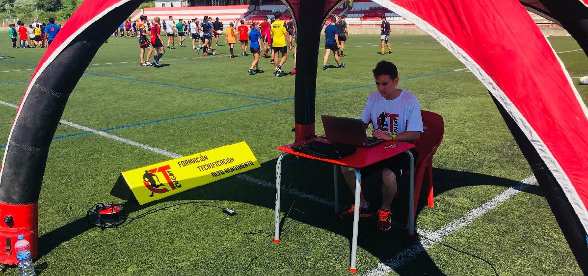 Álvaro Velarde imparte una ponencia sobre prevención de lesiones en el Campus de Tecnificación de Rugby de Barcelona