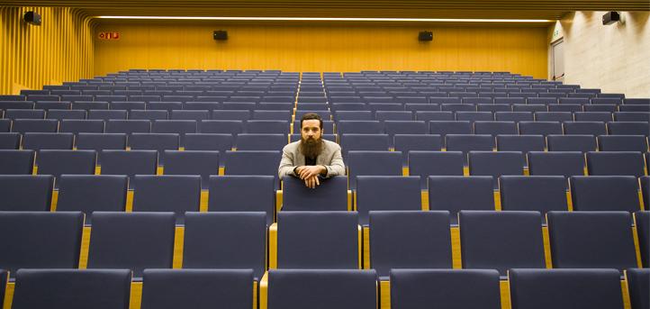 El aula de teatro de UNEATLANTICO abre el telón con un nuevo director al frente