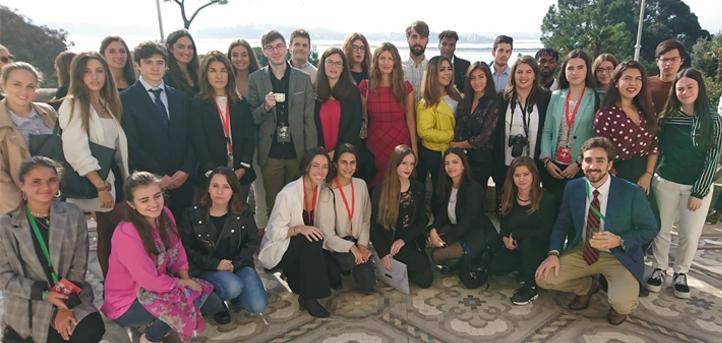 Casi 50 alumnos de UNEATLANTICO colaboran esta semana con la organización del Global Youth Leadership Forum (GYLF)