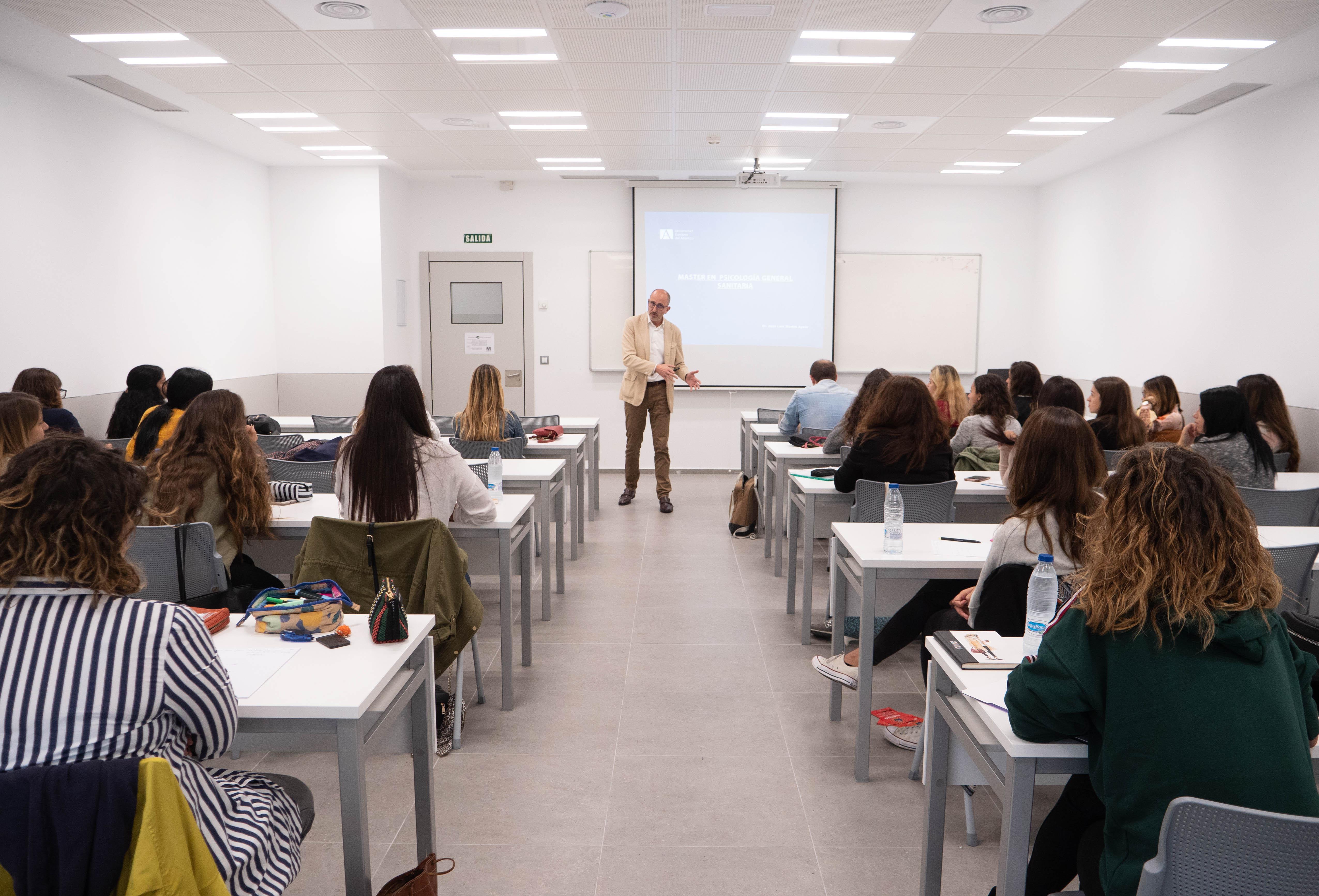 primera_clase_master_psicologia-4