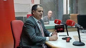 """El rector, Rubén Calderón, intervino en el programa """"Encuentros"""", que emiten Radio Nacional de España en Cantabria y Radio 5"""
