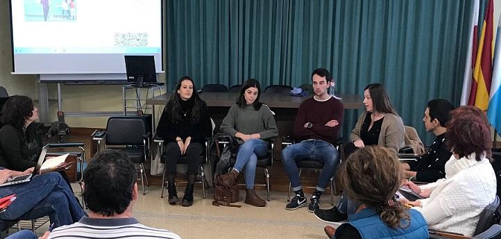Tres alumnos de Educación Primaria Bilingüe presentaron sus proyectos de aprendizaje/servicio en el CEP Cantabria