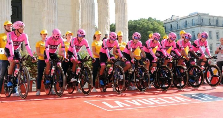 UNEATLANTICO será el cuartel general del equipo ciclista colombiano Manzana Postobón durante su gira europea