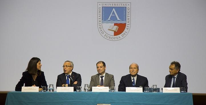 El presidente del COE, Alejandro Blanco clausuró la sesión de la Academia Olímpica celebrada en UNEATLANTICO