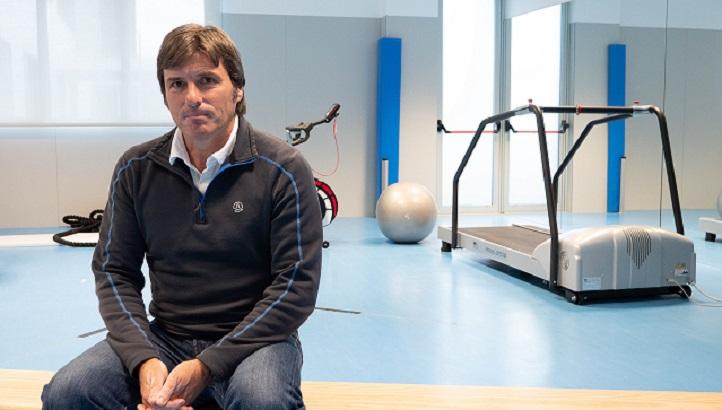 El nuevo profesor de Fútbol, Jesús Pinedo, nos cuenta su amplia experiencia en diversos clubes internacionales
